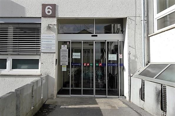 stomatoloska-klinika-zadnji-vhod