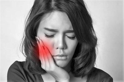 Dežurni zobozdravnik pomaga v primeru hude bolečine