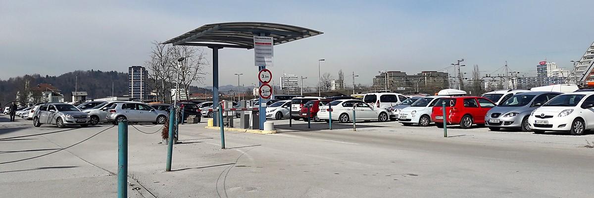 Zdravstveni-dom-Ljubljana-Center-Parkirisce-Zelezniška-postaja