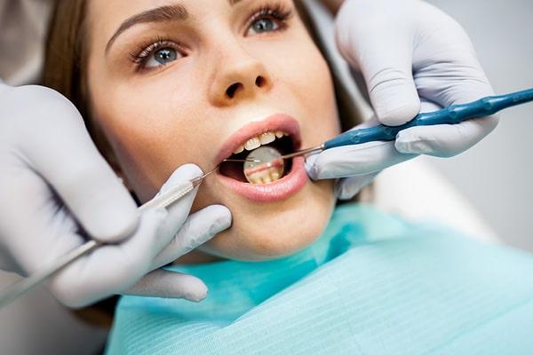 Na pomanjkanje Vitamina D opozarjajo tudi zobozdravniki